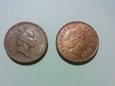 GB (UK, England) 2 coins lot 1 Penny x 2 different photo of Queen Elizabeth