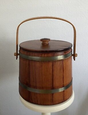 Vintage Wooden Ice Bucket ~ A Cabin Must! ~ LOOK!!!