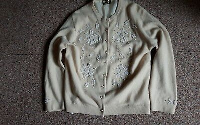 Vintage ladies 50s beaded cardigan/made in Hong Kong