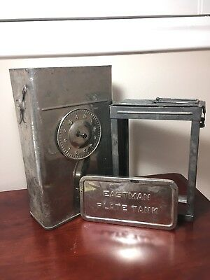 Eastman Kodak  Plate Developing Tank with 5x7 Plate Basket and Lid