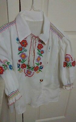 Vintage 80s Hungarian Embroidered Blouse ladies small