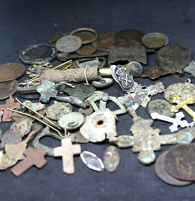 Metal detector / detecting finds lot inc silver / gold ?