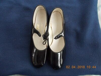 Leo's Women's Black Tap Dance Shoes Size 9 Leather Soles B4004 405 Nice Used