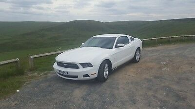 Ford Mustang 2012 V6 3.7L Low Millage! Manual
