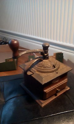 Vintage Wooden Coffee Grinder with Drawer Shabby Retro coffee Shop Pub