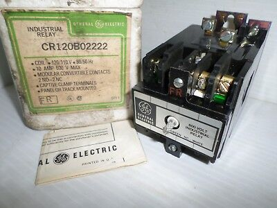 *NEW IN BOX* General Electric Ge CR120B02222 Industrial Relay 120Vac NOS