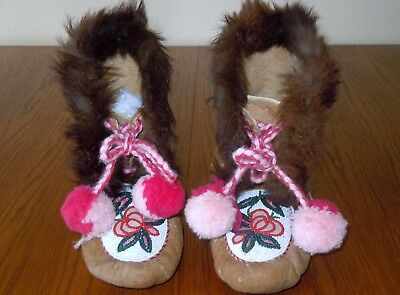 Vintage Beaded Fur Trimmed Native American Moccasins Great Condition Very Nice!!