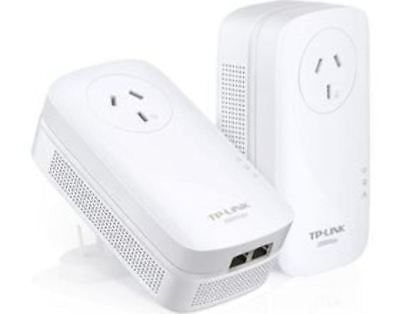 TP-Link PA9020P AV2000 2-Port Passthrough Powerline Kit