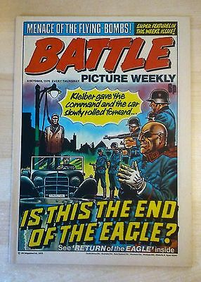 BATTLE PICTURE WEEKLY UK Comic. First Year Issue - 1975. (4 October 1975)