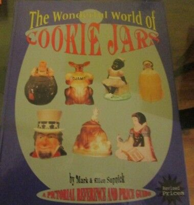 THE WONDERFUL WORLD OF COOKIE JARS Hardcover Reference and Price Guide Book 1995