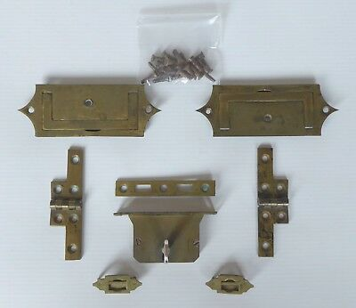 Selection of Writing Slope Hardware inc. Tompson Patent Lock with Key