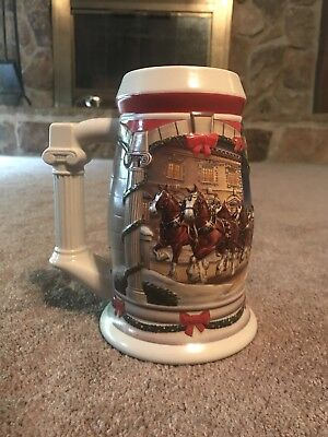Budweiser Christmas beer stein Holiday at The Capital Clydesdale horses 2001
