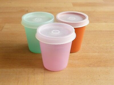 3 vintage 1970's TUPPERWARE small glasses / tumblers with lids