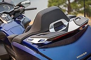 2018 Honda Gold Wing Tour/tour Dct/tour Airbag Chrome Trunk Rack # 08L70-Mkc-A00