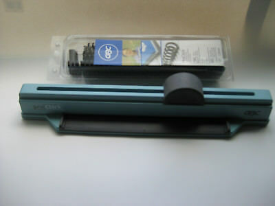 "Swingline GBC ProClick Binding Hole Punch Tool with Black 1/2"" Spines"