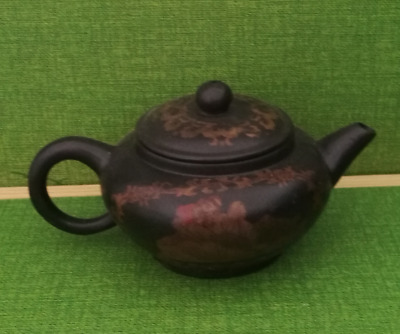 Chinese Yixing Tea pot Old Porcelain Handmade Painting Belle statue
