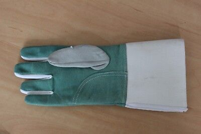 Child's fencing glove, right hand