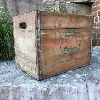 Canada Dry Ginger Ale Vintage Wooden Crate. A SURVIVOR READY FOR A NEW HOME!