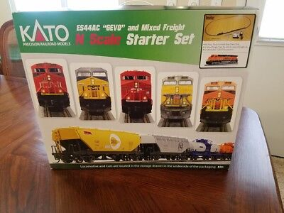 >> Kato GE ES44AC Mixed Freight Starter Set BNSF Railway 6 Cars M1 Free ship! <<