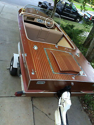 Boat 1965 Gravette Sunflash 17,5 foot mahogany