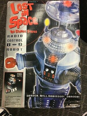 Vintage Lost in Space Classic Series Radio Control B9 Robot 1998 in box 2 feet
