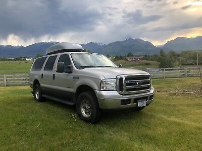 2005 Ford Excursion Harley Davidson 2005 Ford Excursion 6.0 turbo diesel - Harley Davidson Edition