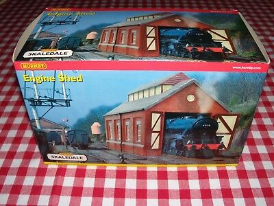 Hornby Skaledale OO Gauge Single Engine Shed R8536 Model Railway