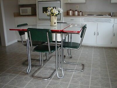 Vintage porcelain enamel 40's 50's farmhouse kitchen table with 4 chairs