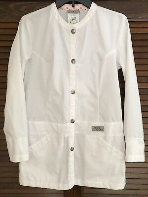 Urbane Scrubs women's white lab coat Jacket Top Long Sleeve XS Fitted Retail $30