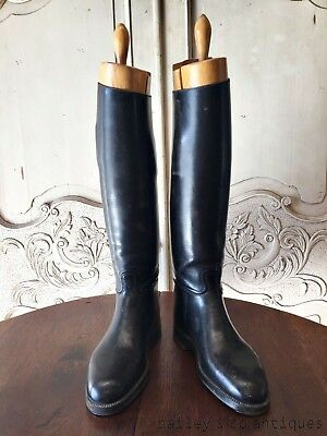 """Antique French Parisian Boots & Embauchoirs Leather """"Chesnot Paris"""" - OF576"""
