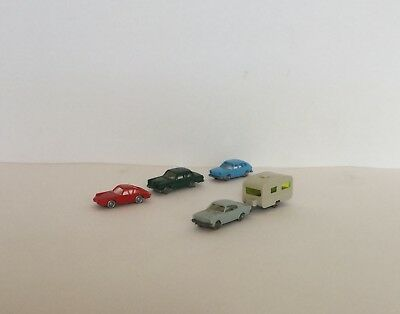 N Scale Car & Caravan + 3 Cars