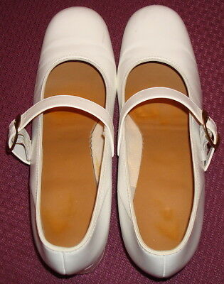 White Cloggers Woman's Dance Shoes by Promenaders, Sz. 8 1/2 M