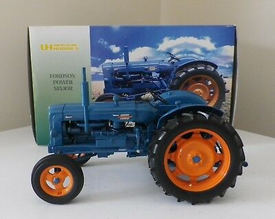 Universal Hobbies Fordson Power Major Tractor 1:16
