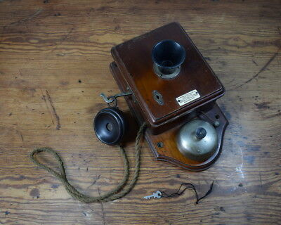 Antique Wall Mounted Wood Cased Telephone / The National Telephone Co Ltd