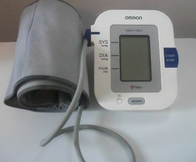 Omron Deluxe Model Hem-711 Dlx Automatic Blood Pressure Monitor With Comfit Cuff