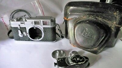 Leica M3 with MR meter case plus extras very good early 1955 free ship USA