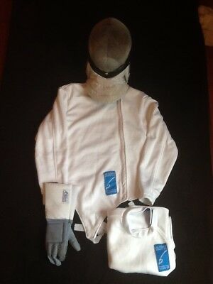 Junior fencing kit, mask jacket plastron chest protector glove kids right hand