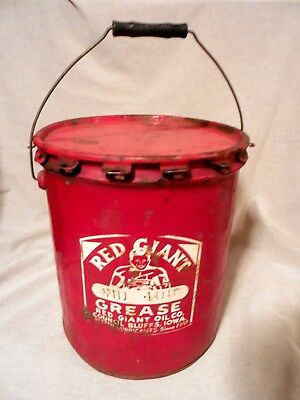 Red Giant Grease Oil Can Vintage Since 1910 COUNCIL BLUFFS IOWA