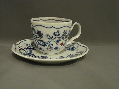 Avon 1984 European Tradition Demitasse Cup and Saucer Set Blue Floral Pattern