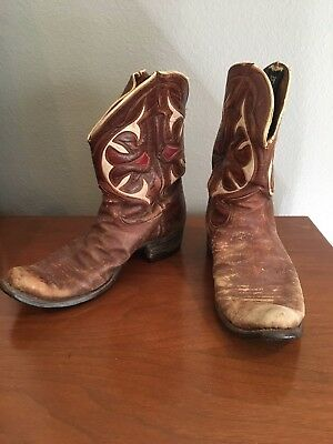 Vintage Olsen Stelzer PeeWee Cowboy Boots that have seen a lot of miles, Size 8?