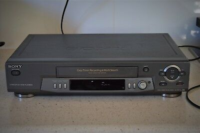SONY SLV-EZ711  STEREO VIDEO RECORDER working with remote works VGC