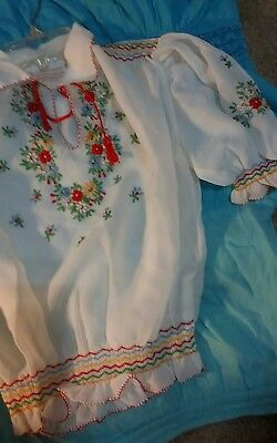 Vintage Hungarian Girls Embroidered Blouse size medium