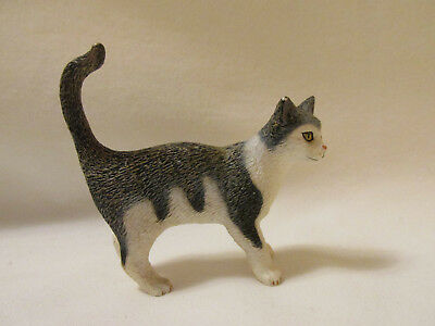 Schleich Grey White House Cat Play Animal Figure 2008 Standing Pretend Play