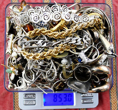 853.0 Grams Sterling Silver .925 - Scrap and Wearable Lot DD