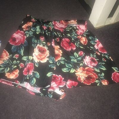 Boohoo Plus Floral Shorts Size 22