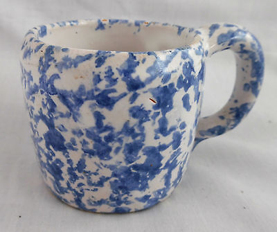 Vintage Kentucky Bybee Pottery Adorable Blue Spongeware Child's Cup