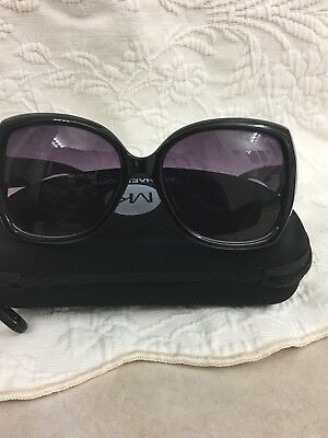 ffc30391874c0 Michael Kors Women s Gradient Black Butterfly Sunglasses