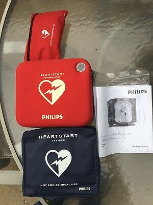 Philips HeartStart AED Onsite M5066A Defibrillator HS1 AND Trainers unit