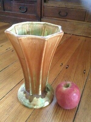 Vintage Art Deco Ceramic Vase. Retro 1920'S To 1930'S.