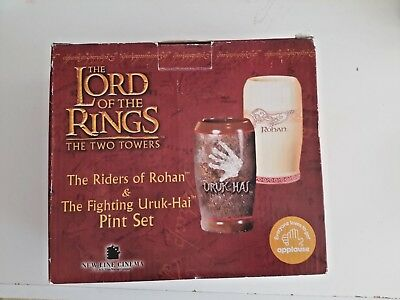 lord of the rings the two towers pint set  never been used  mint condition